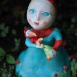 Beatrice, scultura in terracotta colorata a freddo