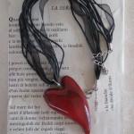Notturni amori, collana con cuore in ceramica